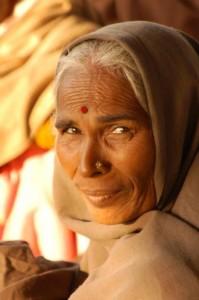 Idős asszony Prajágból